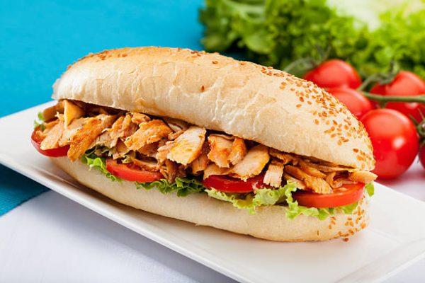 Tavuklu Barbeku Sandviç